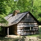 Picture - Pioneer cabin in Great Smoky Mountains National Park, Tennessee.