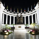 Picture - A rotunda lit up at night in Guayaquil.