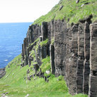 Picture - Basalt columns on the Ilse of Mull.