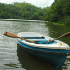 Picture - Row boat on Pookkot Lake.