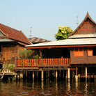 Picture - Homes along the khlong (canal), Bangkok.