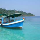 Picture - Snorkeling boat in the archipelago of Ko Chang.