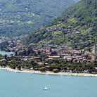 Picture - Aerial view of Lake Como.