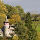 Picture - Autumn colors and castle in Lenzburg.