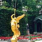 Picture - Gold fountain at Linderhof Schloss.