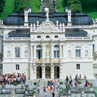Picture - Over view of the Linderhof Schloss.