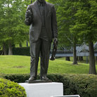 Picture - A statue of  Louis Armstrong in Louis Armstrong Park in New Orleans.