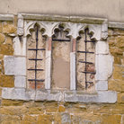 Picture - Ancient window in a building in Melton Mowbray.