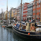 Picture - Boats and buildings on the picturesque Nyhavn, Kobenhavn.