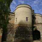 Picture - Round tower of the Nottingham Castle.