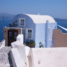 Picture - House and the sea in Oia.