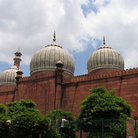 Picture - Colored stone architecture of the Jama Masjid in Delhi.