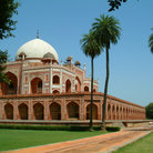 Picture - Humayun Tomb and grounds in Delhi.