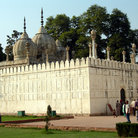 Picture - The Pearl Mosque in the Red Fort in Delhi.