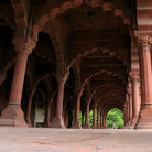 Picture - Arcade of the Red Fort in Delhi.