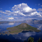 Picture - Curved volcanic rim in Crater Lake National Park.