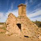 Picture - Farmhouse ruins in the Outback.