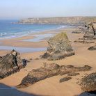 Picture - Looking over the Bedruthan steps at low tide.