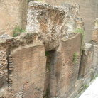 Picture - The wall and ruins near the Pantheon in Rome.