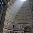 Picture - Pantheon in Rome, the burial place for a number of Italian kings as well as Renaissance painter Raphael.