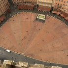 Picture - Piazza del Campo in Siena.