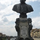 Picture - Statue of Benvenuto Cellini Maestro Fli Oragi on Ponte Vecchio bridge in Florence.