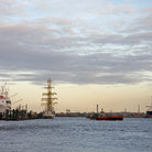 Picture - The harbor of Hamburg.