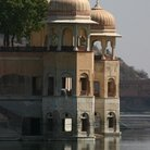 Picture - Close view of the sunken palace in Rajasthan.
