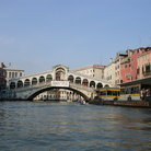 Picture - Rialto Bridge over the canal in Venice.