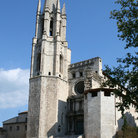 Picture - The medieval Saint Feliu church with its massive tower, located in Gerona.