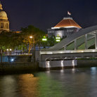 Picture - Singapore Parliament and the Elgin Bridge at night.