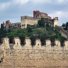Picture - The castle of Rocca Scaligera in Soave.