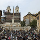Picture - Crowds on Spanish Steps in Rome.