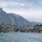 Picture - The town of Spiez at Lake Thun.