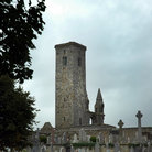 Picture - Castle tower and graveyard at St Andrews.