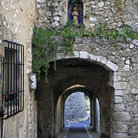 Picture - Stone alley in Saint Paul de Vence.