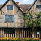 Picture - Front of Shakespeare's birthplace in Stratford-upon-Avon.