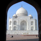 Picture - View through an arch at Taj Mahal in Agra.