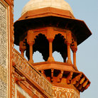 Picture - Tower at the Taj Mahal complex in Agra.