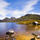 Picture - Cradle Mountain and Dove Lake in Tasmania.