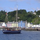 Picture - A ship in the harbor at Tobermory.