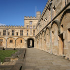 Picture - Wall of Tom Quad, Christ Church College in Oxford.