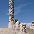 Picture - The monolith sculpture at the Vigeland Museum in Oslo.