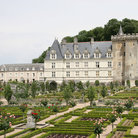 Picture - View of Chateau de Villandry and the gardens.