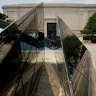 Picture - Exterior of the National Gallery in Washington.
