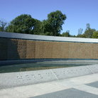 Picture - World War II Memorial fountain and pool in Washington.