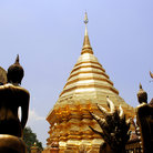 Picture - The golden dome of Wat doi Sthep temple in Chiang Mai.