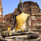 Picture - Sitting Buddha at the temple of Wat Mahathat in Ayutthaya.