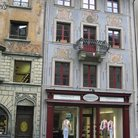 Picture - Painted facades in Weinmarkt square in Lucerne.