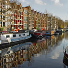 Picture - Houseboats on Brouwersgracht in Amsterdam.